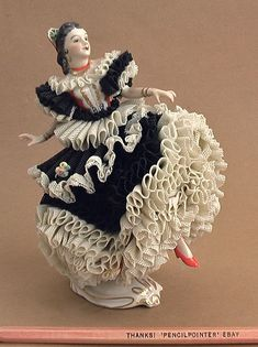Antique Muller Volkstedt Dresden Lace Carmen Dancer Figurine Porcelain Ireland♥♥♥