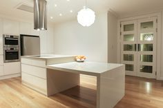 Kitchen design at Croydon: By Blue Tea Sydney