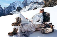 Skioverall mit beigefarbenen Paspeln, von Bogner