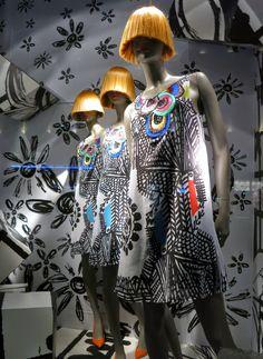 Desigual Regent St. Mar 15 #retail #windows #vitrines #vitrinas #escaparates #visualmerchandising Pineado por Pilar Escolano