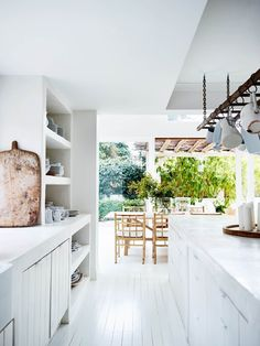 A HOME IN SYDNEY WITH A MEDITERRANEAN VIBE | THE STYLE FILES