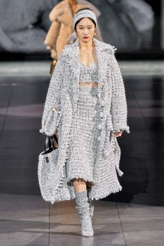 Dolce & Gabbana Fall 2020 Ready-to-Wear Collection - Vogue Dolce & Gabbana, Fashion 2020, Fashion Week, Runway Fashion, Fashion Trends, Winter Stil, Knitwear Fashion, Fashion Gallery, Fashion Show Collection