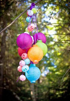 Cute! Not the biggest Chinese lantern fan, but this is a different and unique idea.