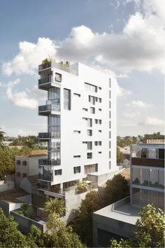 Tranquility in the Heart of São Paulo: Meet the City's Slender Residential Tower,Side View. Image Courtesy of Triptyque