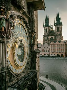 Astronomical clock at Staromestske namesti, Prague, Czechia 🌺🌻✿❀❁For more great pins go to Places Around The World, The Places Youll Go, Places To Go, Around The Worlds, Wonderful Places, Beautiful Places, Europe Centrale, Prague Travel, Prague Czech Republic