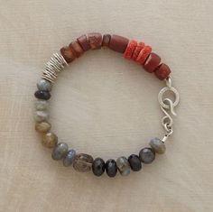 silver & stone bracelet. i love the organization of colors.