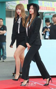 Exid Le and Hani fashion