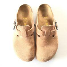 3debbe2cd7e Birkenstock blush clogs Beautiful blush colored Birkenstock clogs. Size 37.  In great condition. Some minor wear on the heels