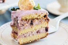3 tortas de Juliana López May para festejar  Foto:Sebastián Pani. Producción de Yamila Bortnik. Vanilla Cake, A Table, Sweet Recipes, Tiramisu, Cheesecake, Menu, Pie, Cooking, Healthy
