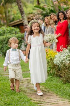 Dama de honra e pajem do casamento de Camilla e Beto, publicado no Euamocasamento.com. Foto de Rodrigo Sack #euamocasamento #NoivasRio #casabemcomvocê