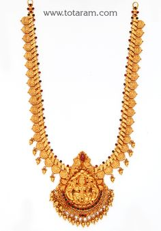 Gold 'Lakshmi Kasu' Long Necklace (Temple Jewellery) - - Indian Jewelry from Totaram Jewelers Gold Temple Jewellery, Gold Jewellery Design, Gold Jewelry, Gold Necklace Simple, Antique Necklace, Schmuck Design, Gold Bangles, Gold Pendant, Personalized Jewelry