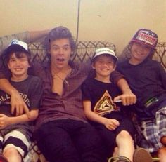 HOW MANY TIMES DO WE HAVE TO TELL THIS MOTHERF*CKER TO STAY AWAY FROM CHILDREN