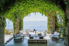Breeze caressed vine-covered outdoor living space on the Amalfi Coast [960x640]