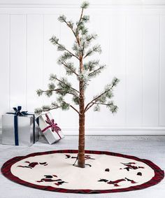 A heartfelt testament to the wonder and grace of the season, this classic tree skirt finishes off your tree with a touch of traditional style. Christmas Crafts, Christmas Decorations, Holiday Decor, Different Holidays, Country Christmas, Before Christmas, Tree Skirts, Dachshund, Dachshunds