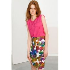 Pencil peacock skirt #peacock #officestyle