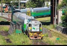 Foto RailPictures.Net: EFVM 550 EFVM - Estrada de Ferro Vitória a Minas EMD G12 em Vila Velha (ES), Brasil por Nicolas Fagundes