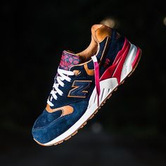 Sneaker Politics x New Balance 999 - Case - Navy/Horween Leather Me Too Shoes, Men's Shoes, Shoe Boots, Shoes Sneakers, Sneakers Mode, Sneakers Fashion, Fashion Shoes, New Balance Outfit, New Balance Shoes