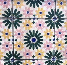 tile || colorful || flower tile