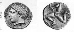 Первый солярный символ, который в дальнейшем уступил место четырехсторонней свастике - Трискель.   Трискелион (также трискель, трискел, трискеле, от греч. τρισκελης — трёхногий) — один из самых древних знаков, символизирующий Солнце, но в последствие Трискель как символ солнца оттеснила свастика. Трискелион представляет собой три бегущие ноги, выходящие из одной точки.