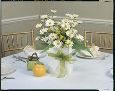 daisy flower arrangement centerpieces | Terrys Floral Treasures - Weddings