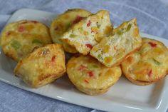Mini frittata cu ardei si porumb - CAIETUL CU RETETE Baked Potato, Quinoa, Brunch, Appetizers, Potatoes, Baking, Vegetables, Breakfast, Ethnic Recipes