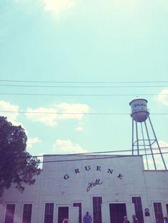 Gruene, TX Day Trip | grownupshoes.com