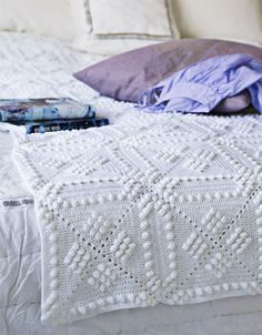 Looks like the bedspreads that Grandma made for us girls, but a little fancier. Need to translate this pattern.