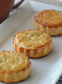 Red Bean Mooncakes | Building Buttercream