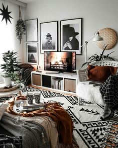 Retro Vintage Decoration: The Secrets For A Better Interior Design Mixture of patterns decor, monochrome decor, bedroom decor, rust details with monochrome bedroom - Beliebt Dekoration Vintage Wohnung Boho Living Room, Interior Design Living Room, Living Room Designs, Design Bedroom, Bedroom Ideas, Living Room No Tv, Kitchen Living, Living Room Ideas For Apartments, Living Room Decor Ideas Brown
