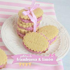 Galletas de frambuesa y limónhttp://dulcesentimiento.com/galletas-frambuesa-limon/