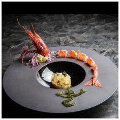 food presentation | Sashimi of red Mediterranean Prawn with Grapefruit, Amaranth Salad & Seaweed.