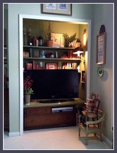 Turn Your Ordinary Closet Into An EXTRAordinary Nook! Everyone Has At Least  One Overly