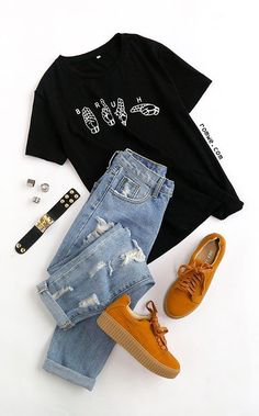 Black Gesture Print T-shirt - Inspirational T Shirts - Ideas of Inspirational T . - Black Gesture Print T-shirt – Inspirational T Shirts – Ideas of Inspirational T Shirts – Black Gesture Print T-shirt Source by Inspirational_Hub - Teen Fashion Outfits, Mode Outfits, Outfits For Teens, Girl Outfits, Summer Outfits, Teenager Outfits, College Outfits, Hipster School Outfits, Cute Casual Outfits