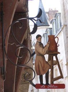 A Rouen