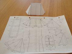 Planning a tent on graph paper. Viking Tent, Viking Camp, Diy Camping, Tent Camping, Camping Trailers, Larp, Vikings, Bushcraft Kit, Viking Reenactment