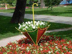 Flower umbrella for your garden. Crafts for the garden. Каждый сад украсят садовые фигурки. Сделать фигурки для сада своими руками может каждый. Делаем фигуры из камня, веток, гипса. Украшаем сад клумбами.