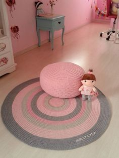 Cheap Carpet Runners For Stairs Crochet Pouf, Crochet Carpet, Crochet Pillow, Love Crochet, Diy Crochet, Crochet Doilies, Crochet Basket Pattern, Crochet Patterns, Painting Carpet
