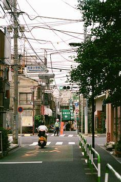 JAPANESE SUBURBIA - zyu10: Tokyo, Japan, 2015
