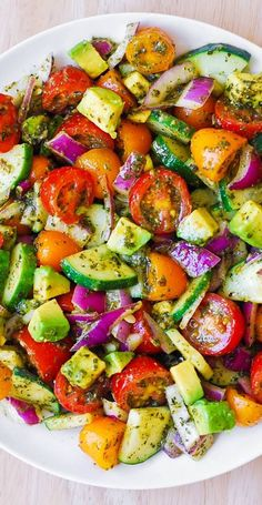 Cucumber Avocado Salad, Pesto Salad, Avocado Pesto, Avocado Salat, Avocado Toast, Basil Pesto, Tomato Salad, Pesto Dressing Salad, Pickled Cucumber Salad