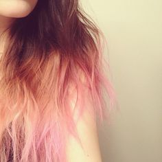 Pink dip dyed hair me and meg should do this when it summer! Pink Dip Dye, Dip Dyed, Pelo Color Azul, Dipped Hair, Dyed Hair Pastel, Permanent Hair Dye, Semi Permanent, Hair Color Blue, Hair Colors