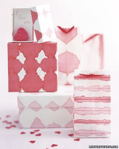 Dip-Dye Wrapping Paper - Make this distinctive wrapping paper using food coloring and a porous rice paper.