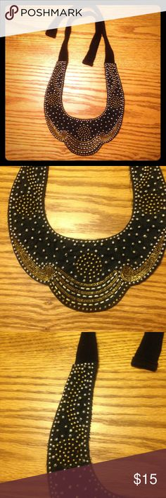 Sequined Bib Necklace Gorgeous gold and black bib necklace ties at back Jewelry Necklaces