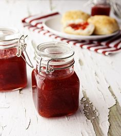 Strawberry Rhubarb Jam Recipe // #canning #jam #jelly #preserves