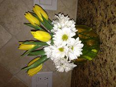 Daisy and tulips flower arrangement