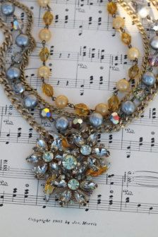 Vintage - Statement in Necklaces - Etsy Jewelry - Page 16