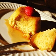 Quirky Cooking: Almond, Lemon Coconut Steamed Puddings {grain free, dairy free} This will be my Birthday desert tomorrow night! Coconut Pudding, Coconut Flour, Healthy Desserts, Delicious Desserts, Cook Desserts, Yummy Food, Grain Free, Dairy Free, Gluten Free