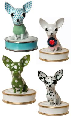 Are you kidding me with these adorable chihuahua pill boxes? Tiny things, man.... They get me every time.