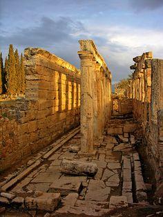 Roman Latrine beside the Northern Gate, none of the seats remain in place. Pamukkale, Türkiye