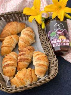 Éhezésmentes karcsúság Szafival - Szafi Free szénhidrátcsökkentett szilvalekváros croissant