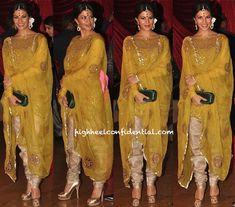 Sri Lankan Bollywood actor Jacqueline Fernandez at fellow actors Genelia & Ritesh's Wedding Reception in Churidar Kurta, Feb 3